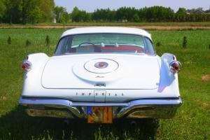 Zabytkowy samochód do ślubu jedyny w Polsce